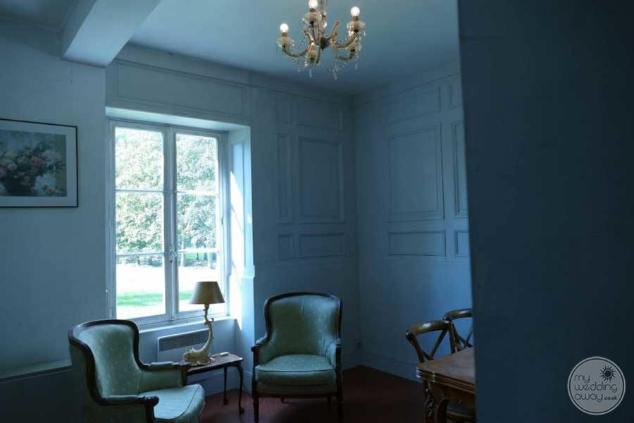 Chateau de Mairy Room Seating