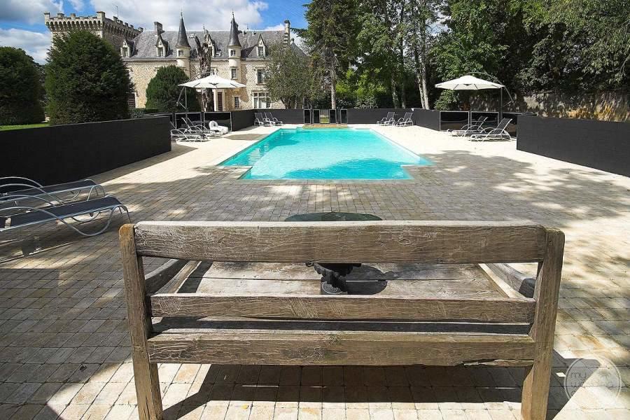 Cateau de la Couronne Pool