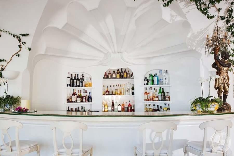 Covo dei Saraceni Bar Area