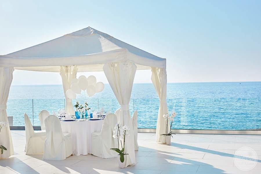 White Palace Intimate Dining