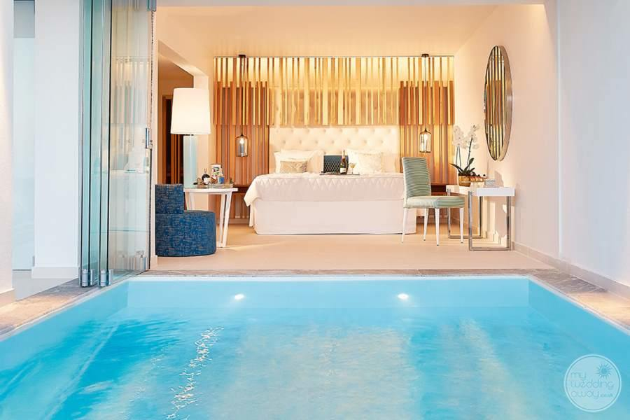 White Palace Room with Pool
