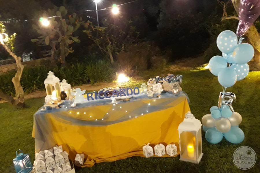 outdoor wedding reception celebration decor with blue balloons
