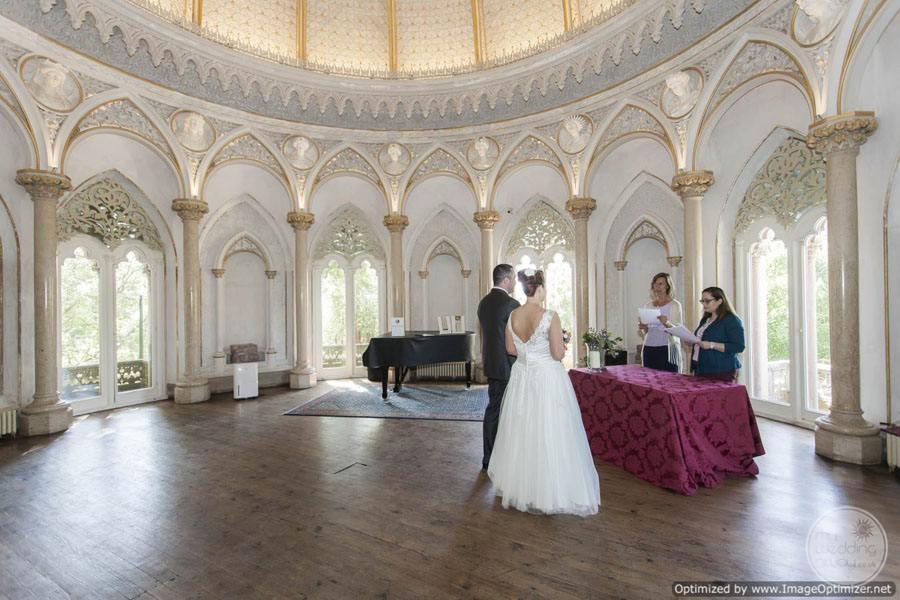Monserrate Palace inside wedding ceremony wedding couple