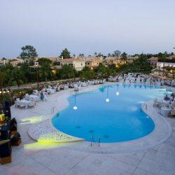 Monte da Quinta outside pool deck wedding reception