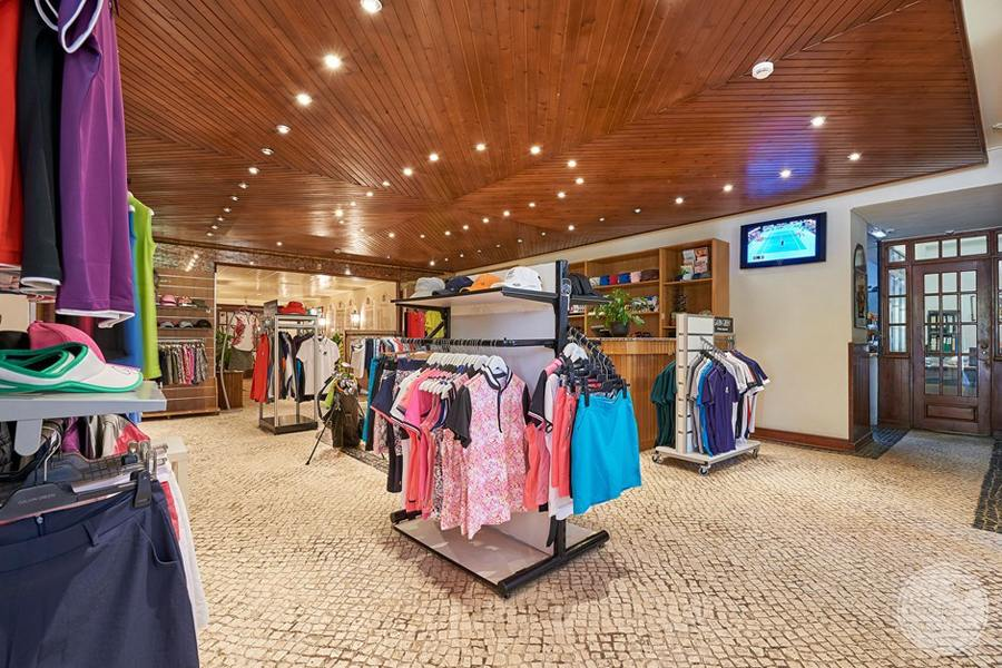 Penina Hotel and Golf Resort Pro Shop and gift store