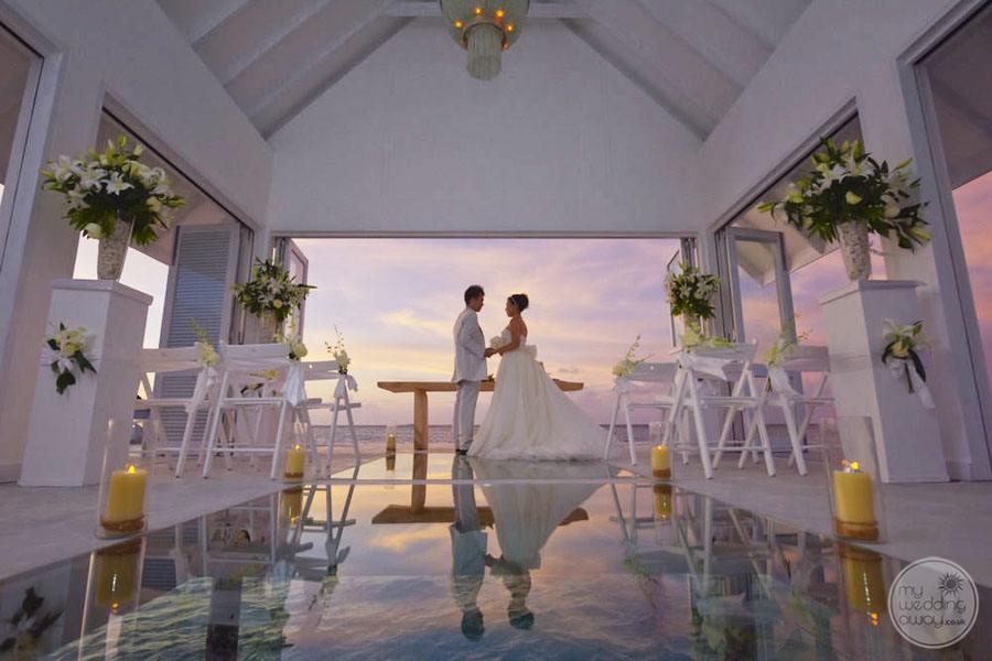 Four Season Maldives at Landaa Giraavaru Wedding Chapel
