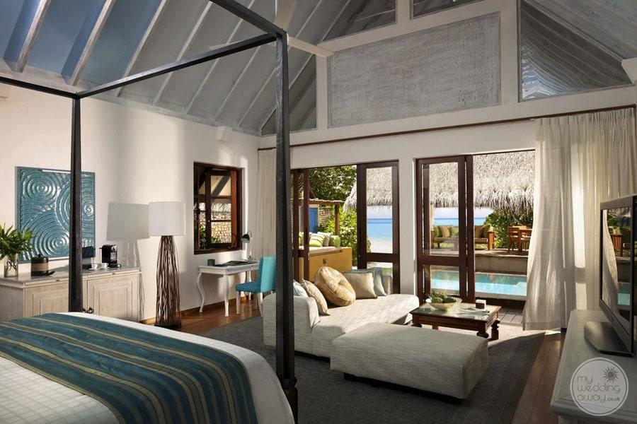 Four Seasons Maldives at Landaa Giraavaru Bedroom Area