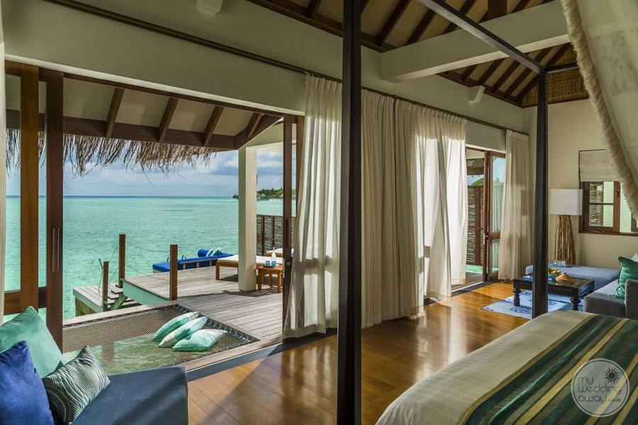 Four Seasons Maldives at Landaa Giraavaru Bedroom