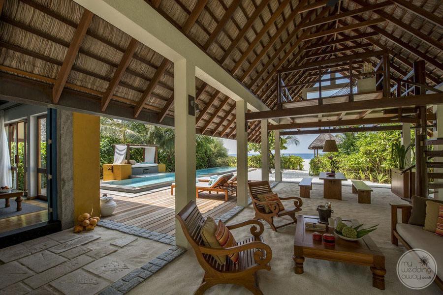 Four Seasons Maldives at Landaa Giraavaru Inside Reception Area