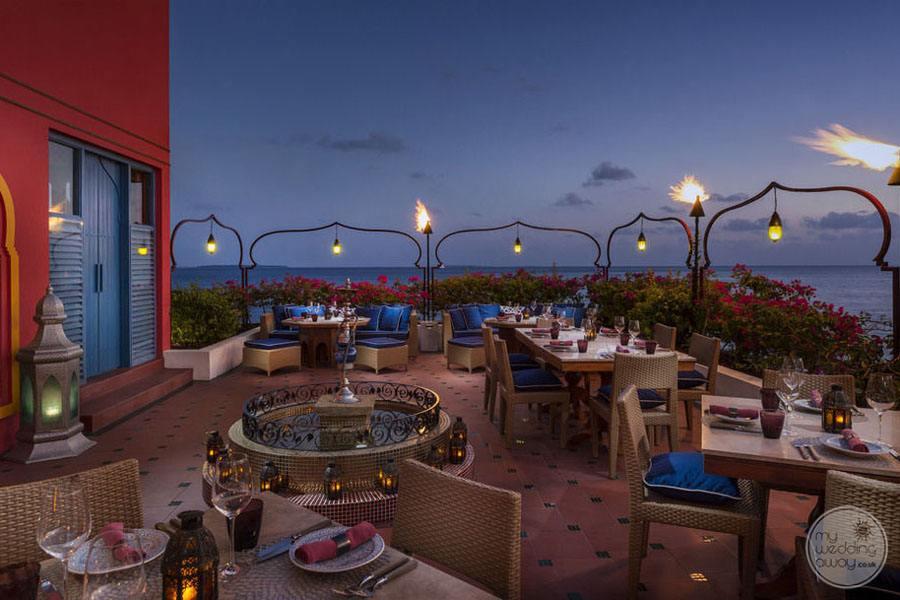Four Seasons Maldives at Landaa Giraavaru Outdoor Patio Dining