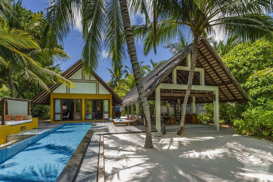 Four Seasons Maldives at Landaa Giraavaru Outdoor Space