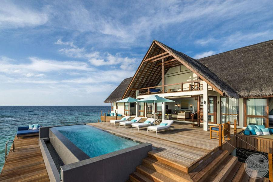 Four Seasons Maldives at Landaa Giraavaru Ouside Deck and Pool