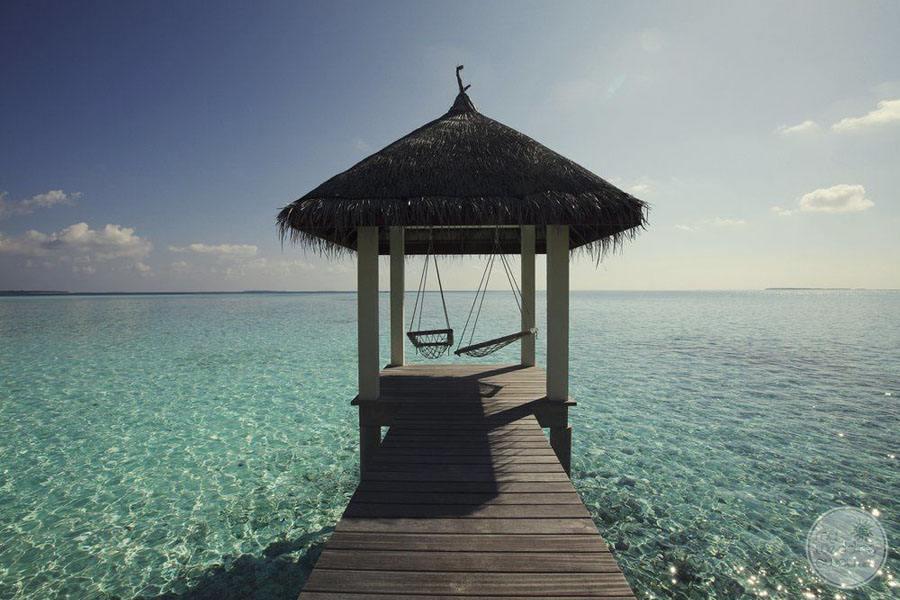Four Seasons Maldives at Landaa Giraavaru Overwater gazebo