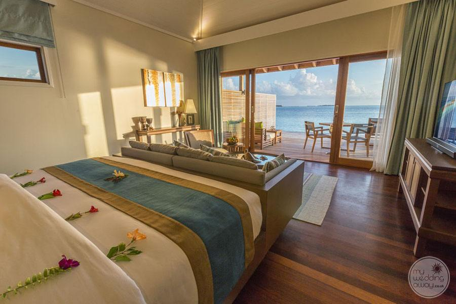 Hurawalhi Island Resort Bedroom