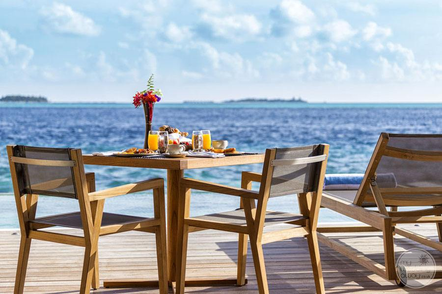 Hurawalhi Island Resort Table Overlooking Ocean