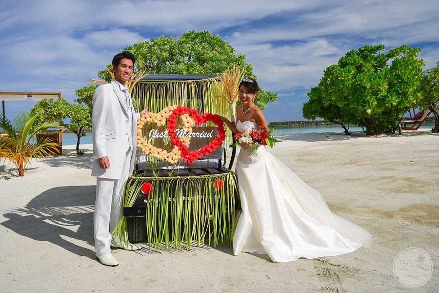 Lily Beach Resort Wedding on Beach