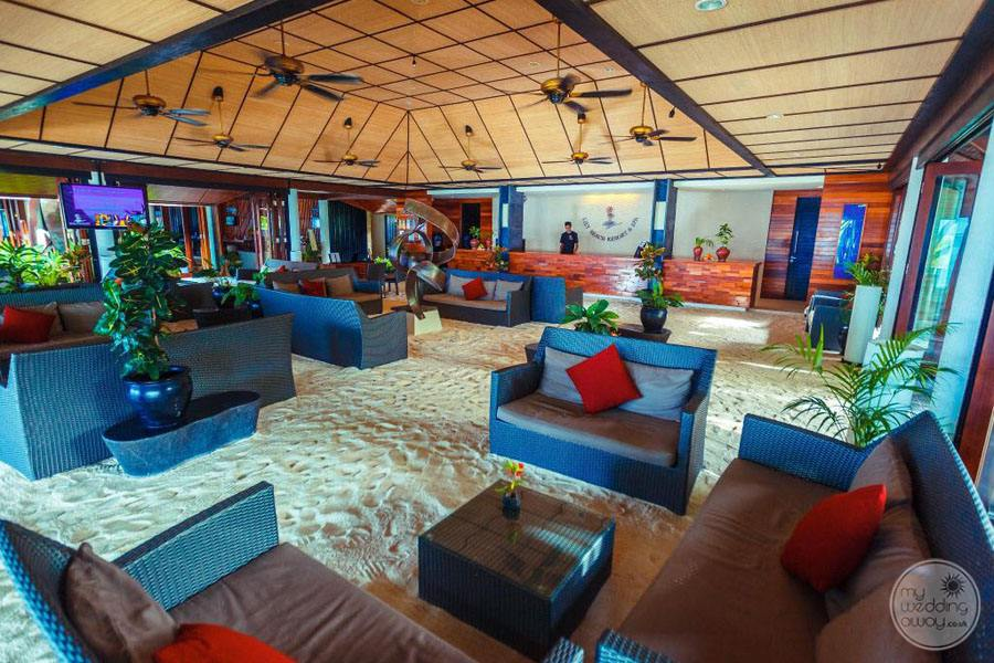 Resort Lounge area with blue couch decor