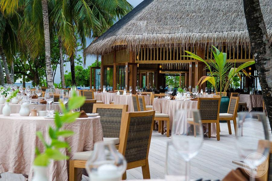Resort outdoor Buffet Restaurant