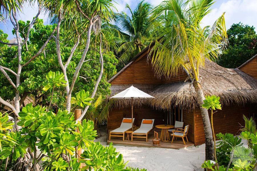Mirihi Island Resort Beach Villa Exterior