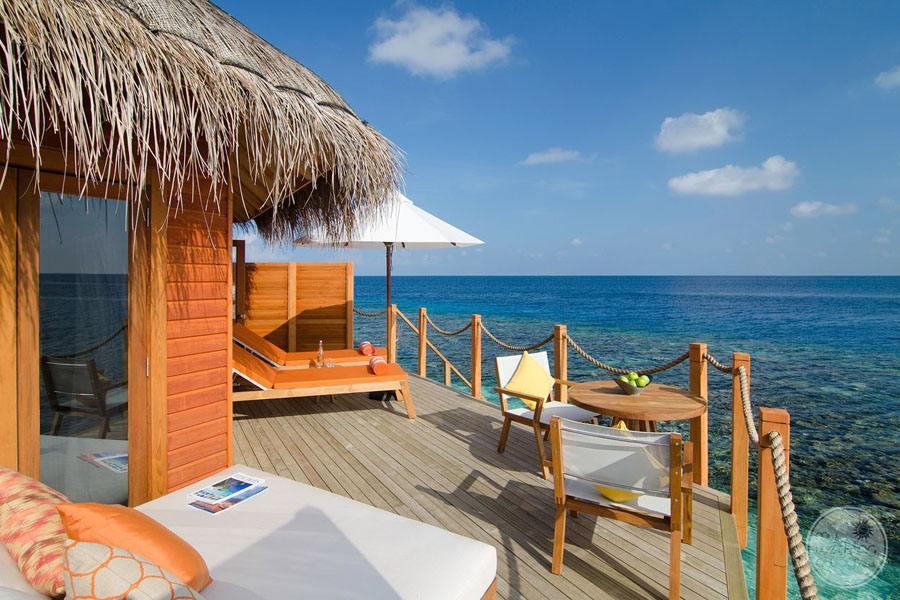 Mirihi Island Resort Overwater Suite Deck