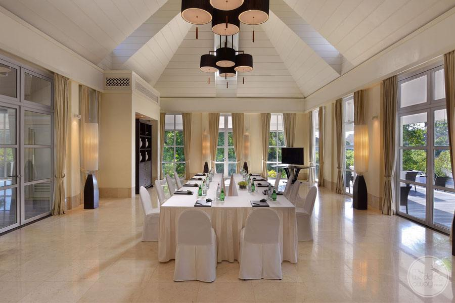 Banyan Tree Seychelles Private Dining Area