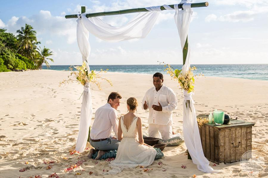 Wedding ceremony with palapal on the beach