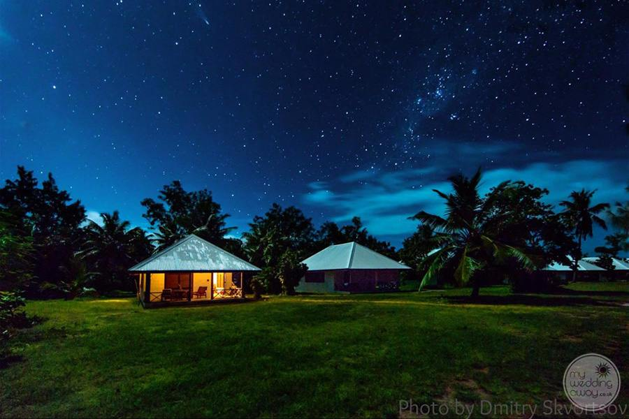 Lodge villa at Night under the stars