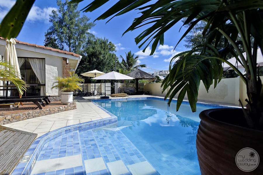 Carana Hilltop Villa Resort Pool