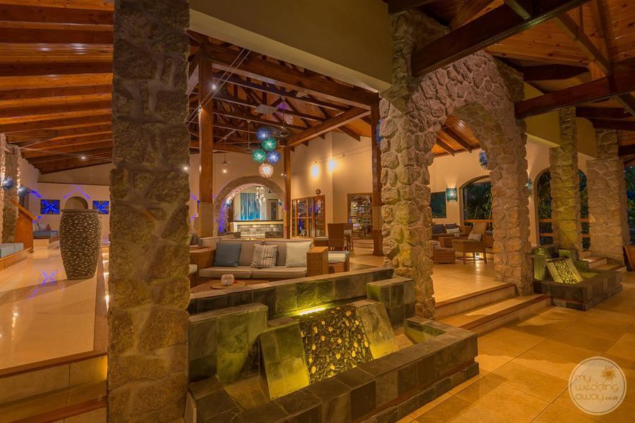 Coco de Mer Hotel Reception and Lounge