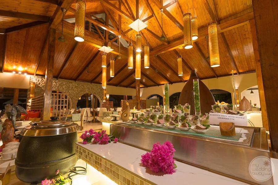 Coco de Mer Hotel Restaurant Buffet