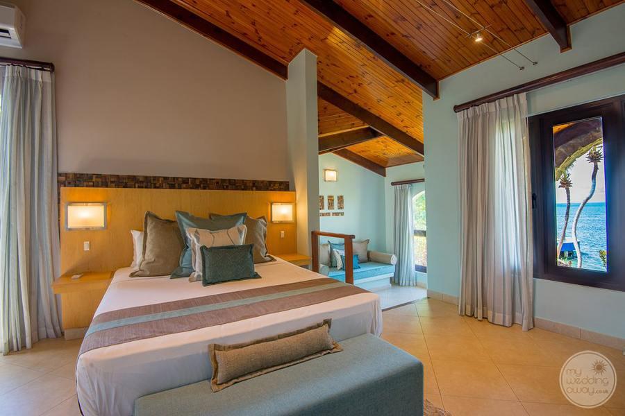 Coco de Mer Hotel Standard Room Area