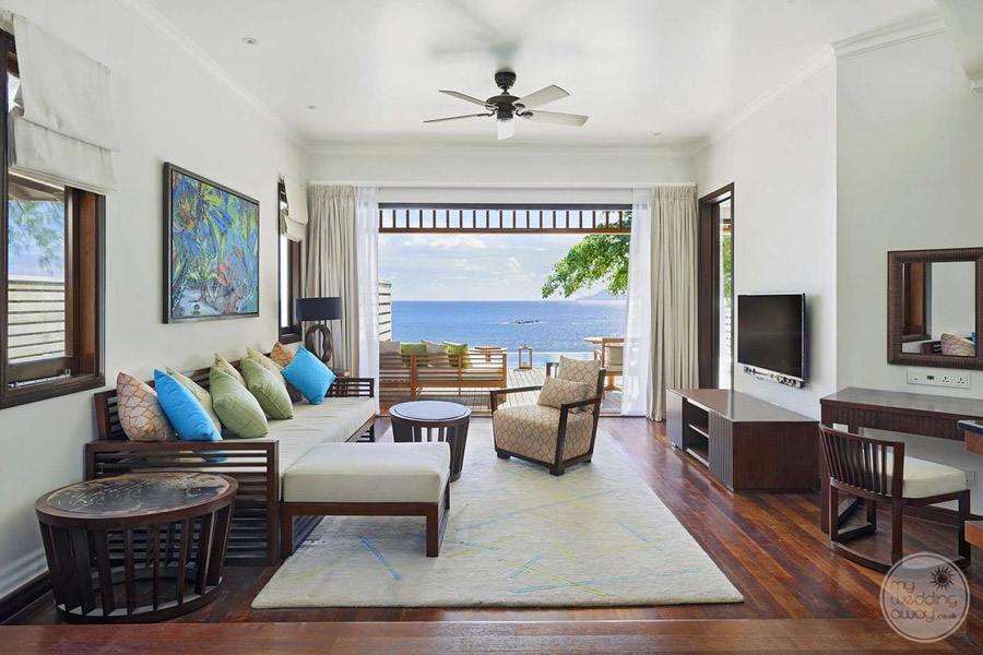Hilton Seychelles Northolme Resort and Spa bedroom area