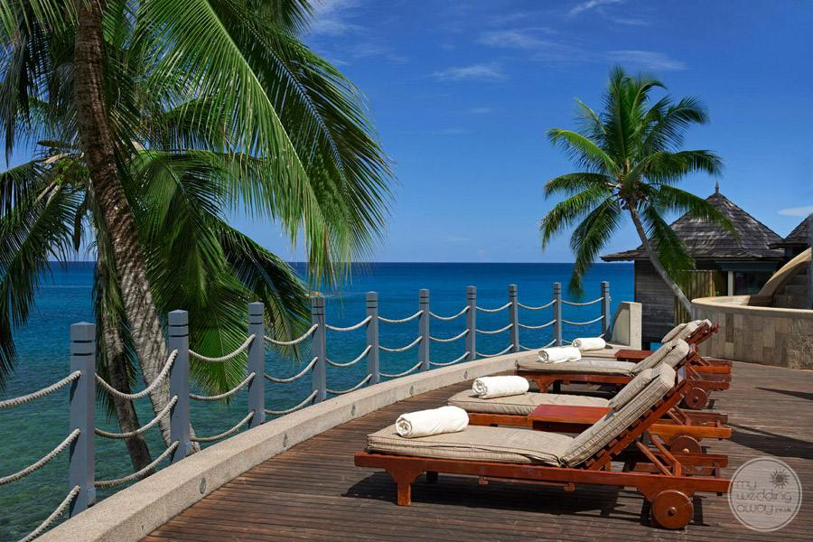 Hilton Seychelles Northolme Resort and Spa pool deck