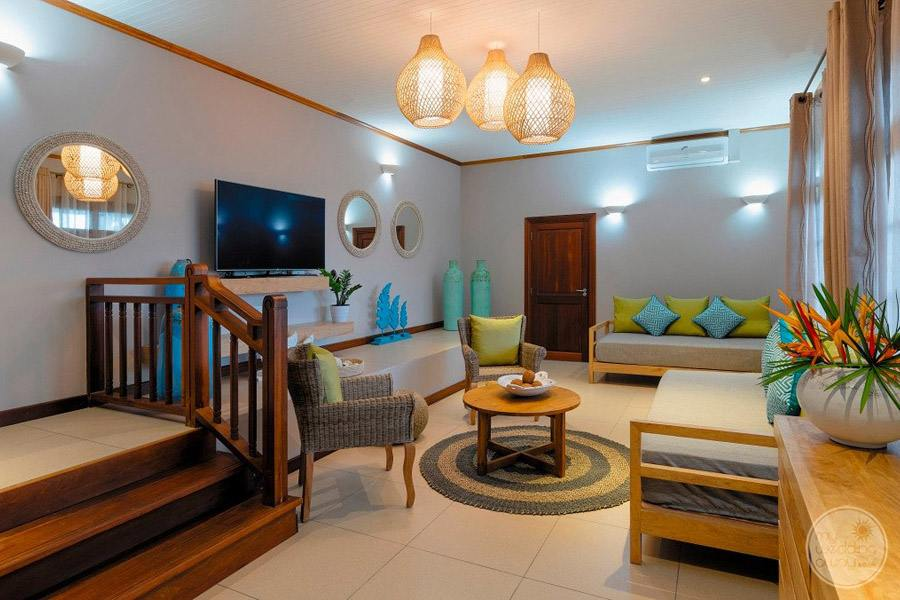 Hotel L'Archipel Seychelles Room Lounge Area