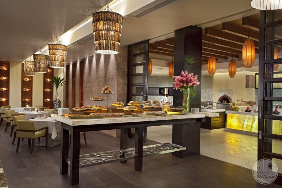 Raffles Seychelles Resort Losean Restaurant