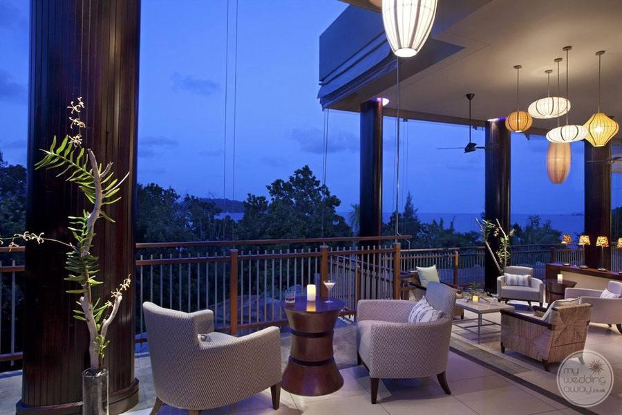 Raffles Seychelles Resort danzil Bar