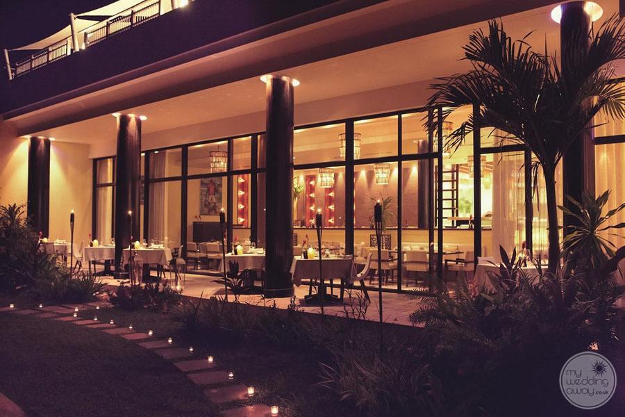 Raffles Seychelles Resort Losean Restaurant at Night