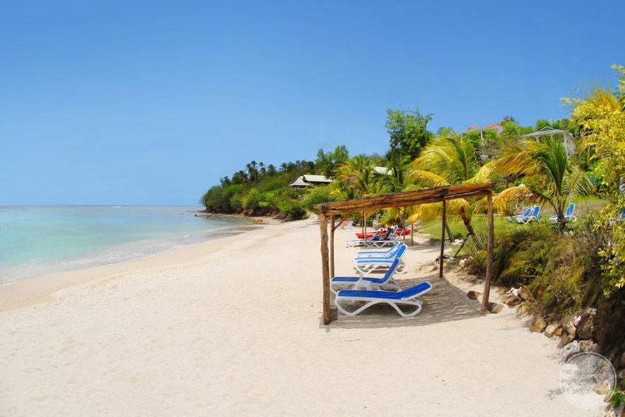 Calabash Cove Beach Lounge Area