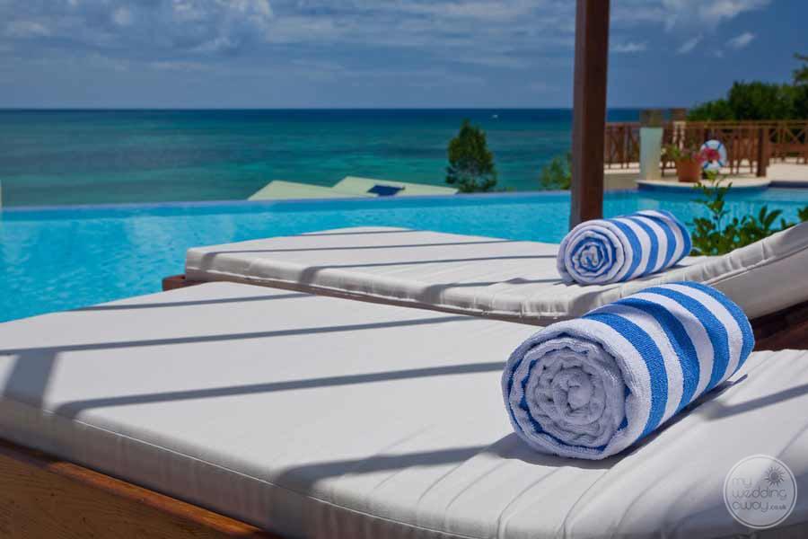 Calabash Cove Beach Lounge Chairs