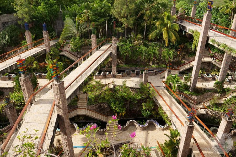 Jade Mountain Resort Pathways