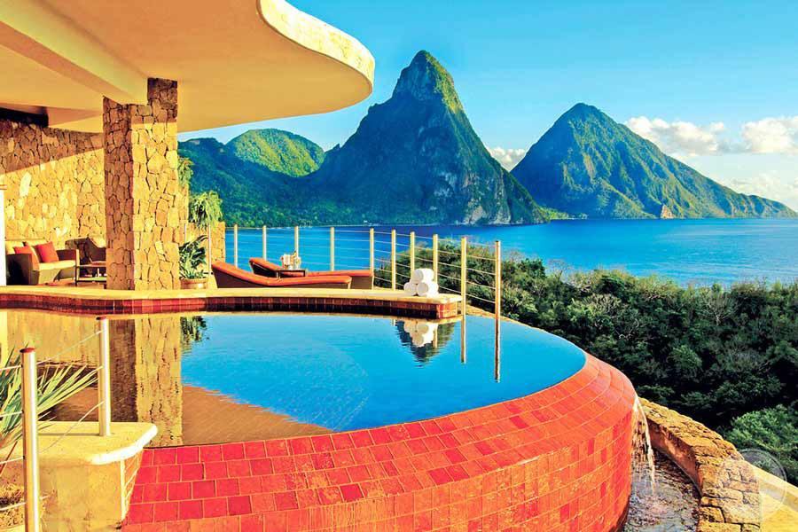 Jade Mountain Room Pools