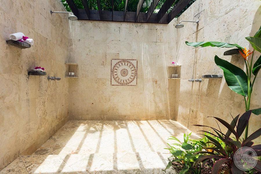 Stonefield Villas Room Rainshower