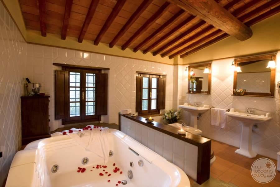 Room Bath Area