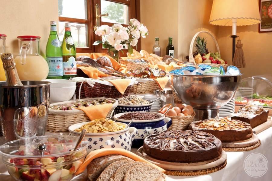 Monsignor-Della-Casa-Resort-and-Spa-buffet