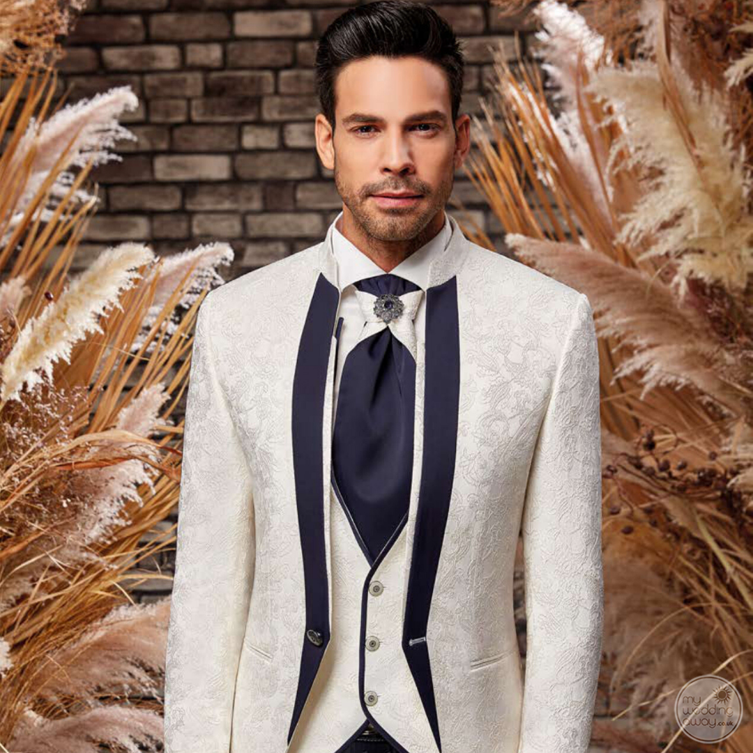 Destination Wedding Grooms-The Ultimate Suit Guide