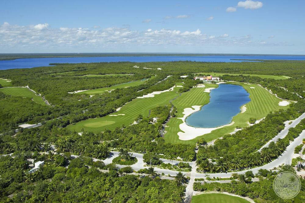 Aerial-view-of-dreams-playa-mujeres-golf-center.