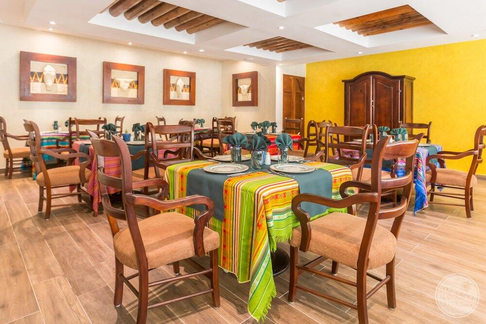 Mexican Linda Logue restaurant with Mexican Decour on the tables and walls