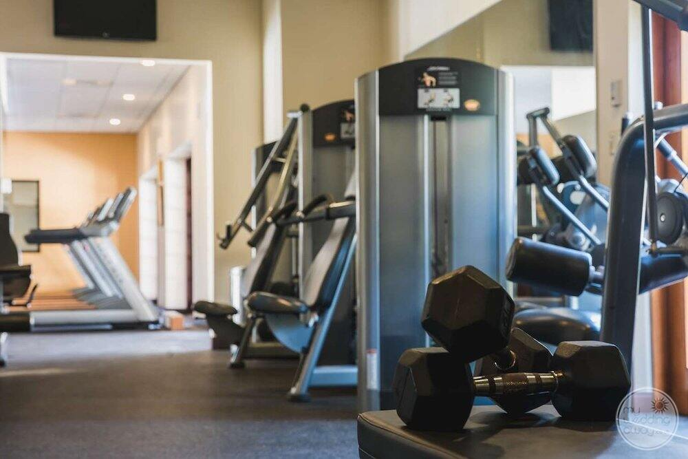 Fitness centre with workout machines and weights