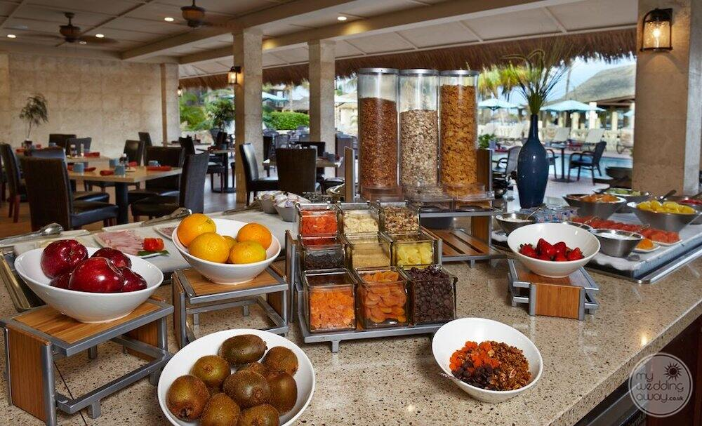 Bistro breakfast with fruit and cereals on display
