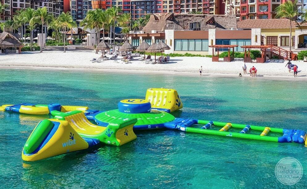Large ocean play blowup activity centre on the ocean